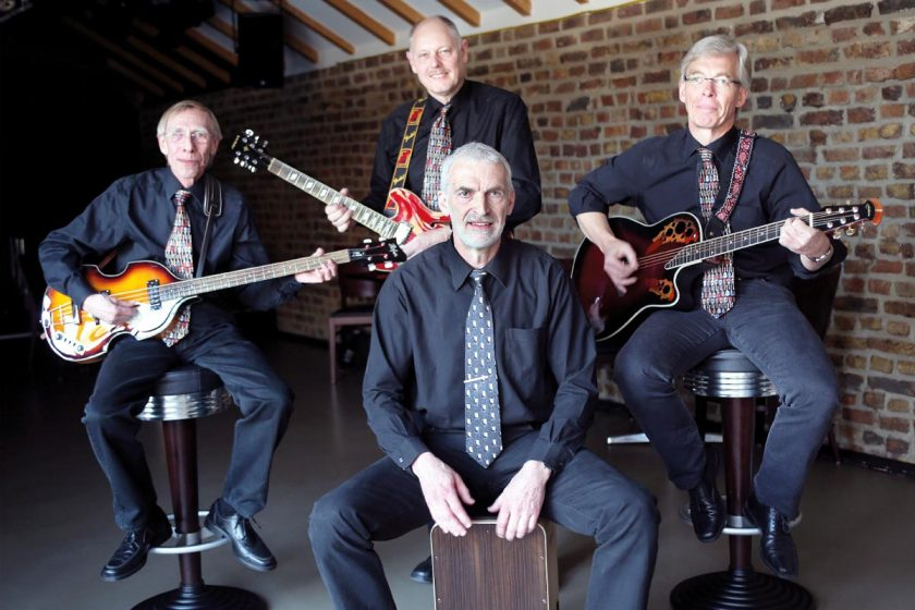 Oldie Guitar Pickers